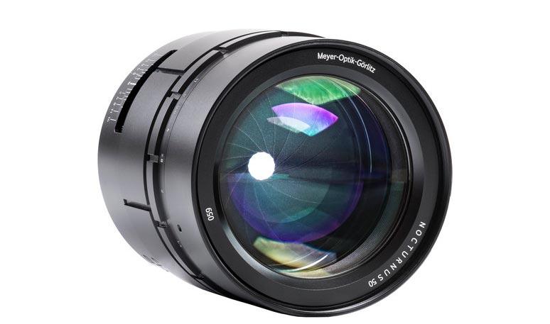 El objetivo Meyer Optik Görlitz Nocturnus 50 mm f0.95